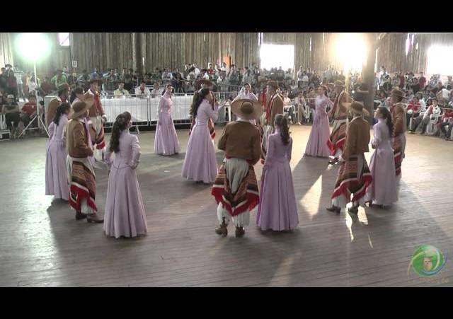 Triunfo em Festa 2010  »  Danças Tradicionais  »  CTG Charla Galponeira  »  Adulto
