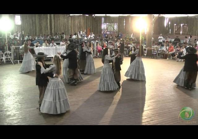 Triunfo em Festa 2010  »  Danças Tradicionais  »  CTG Galpão de Estância  »  Adulto