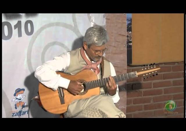 Enart 2010  »  Viola  »  Sérgio Bina de Souza - DTG Marca Gaúcha