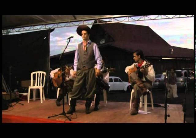 FENART 2011  »  Intérprete Adulto  »  Andrey Kowalski