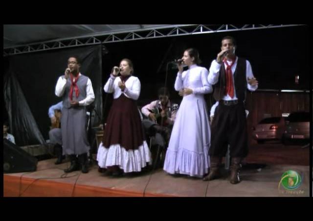 FENART 2011  »  Conjunto Vocal  »  CTG Cultivando a Tradição B