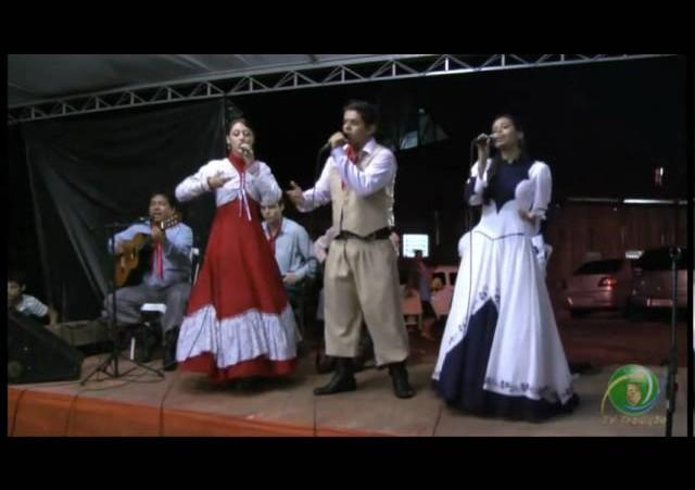 FENART 2011  »  Conjunto Vocal  »  CTG Cultivando a Tradição A