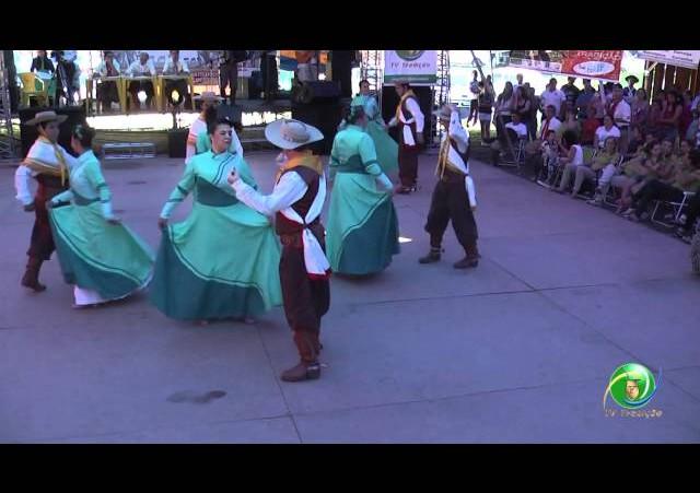10º Rodeio Crioulo Nacional de NH  »  Danças Tradicionais  »  CTG Tiaracy