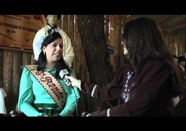 Festejos Farroupilhas de Porto Alegre 2011 »  Entrevista 3ª Prenda do Estado