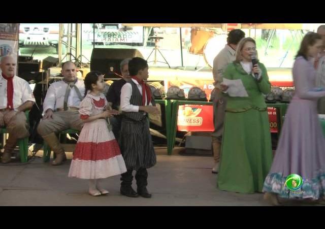 Festejos Farroupilhas de Novo Hamburgo 2011 »  Rodeio Escolar »  Premiação »  Construção em Sucatas