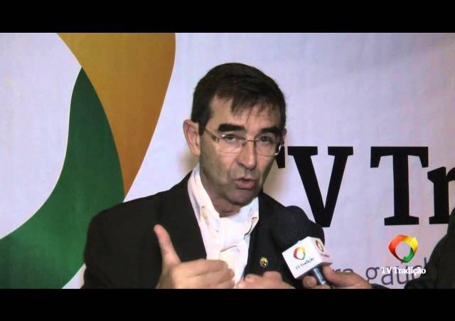 Entrevista com Manoelito C. Savaris - Tiro de Laço, cultura ou esporte?