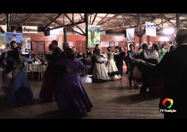 27º Entrevero - Baile com o Grupo Brasil Gaúcho