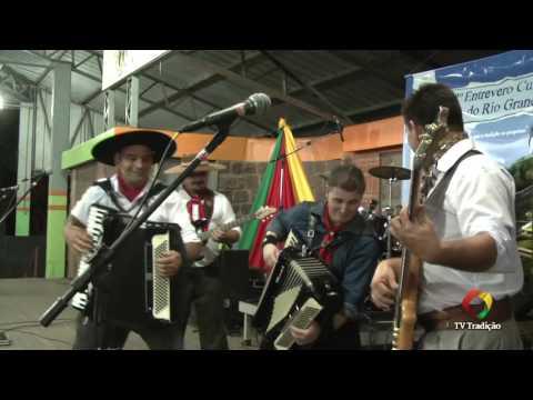 Baile - 28º Entrevero Cultural de Peões