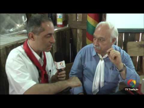 Festejos Farroupilhas de Porto Alegre 2016 - Livro os mistérios ocultos no chimarrão
