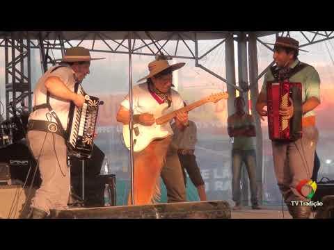 ECO DO MINUANO E BONITINHO - Show da Rádio Liberdade - Festejos Farroupilhas 2017