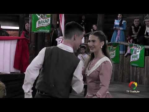 Luis Eduardo e Luiza - Danças Tradicionais de Par - 4º Festival Pioneiro da Tradição