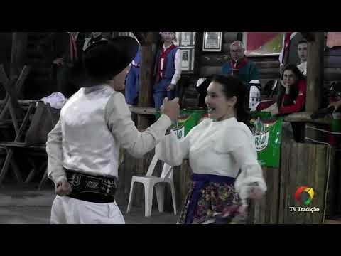 Luan Ayres e Vitoria da Silva – Danças Tradicionais de Par – 4º Festival Pioneiro da Tradição