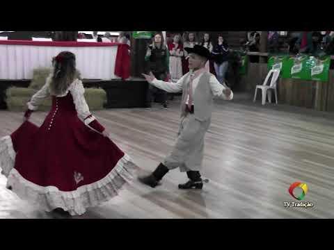 João Vitor Gomes e Samanta Gonçalves – Danças Tradicionais de Par – 4º Festival Pioneiro da Tradição