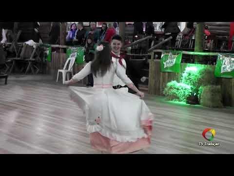 Guilherme Nunes e Laura Haab – Danças Tradicionais de Par – 4º Festival Pioneiro da Tradição